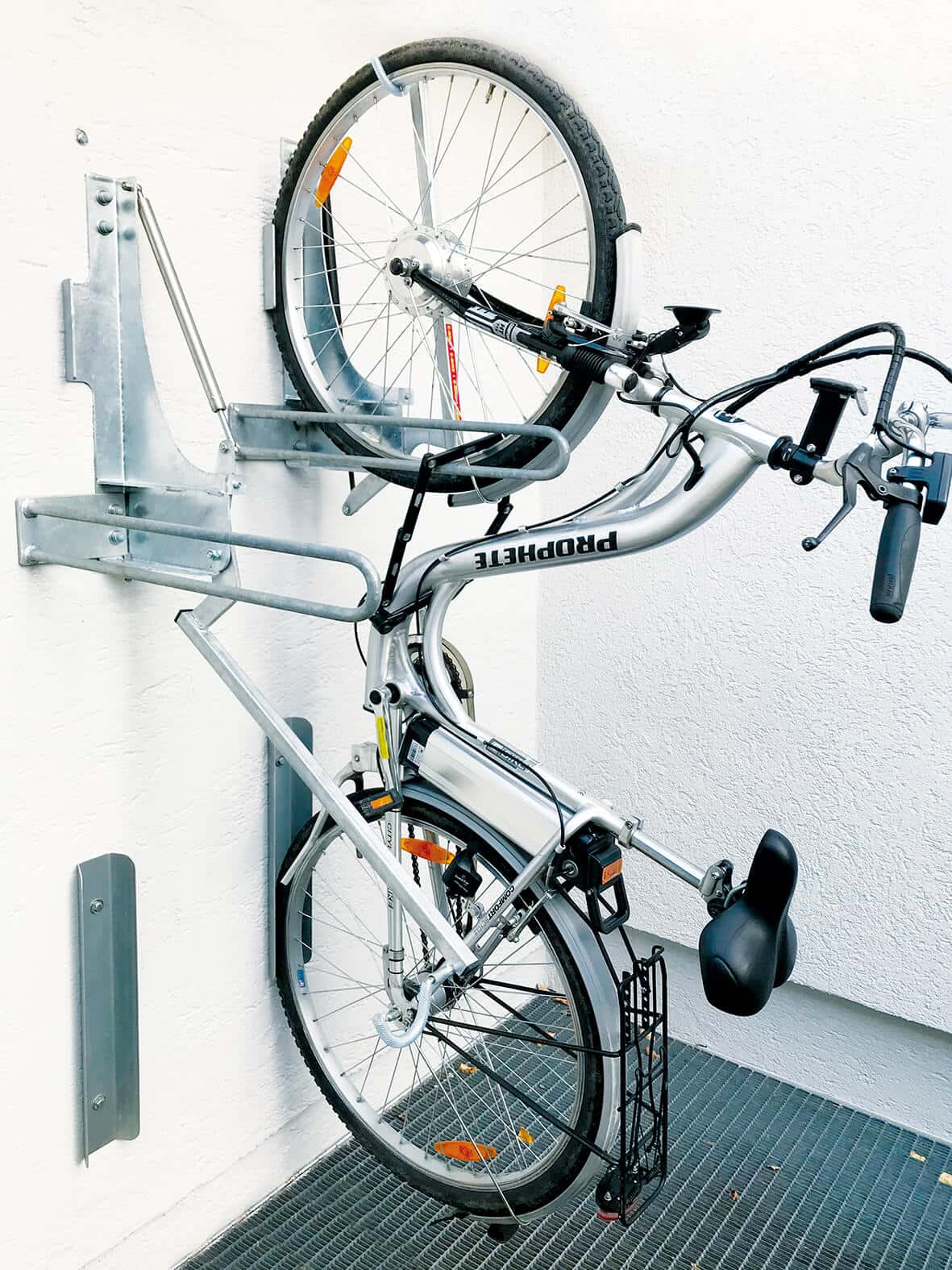 bike lift fahrradst nder gronard metallbau. Black Bedroom Furniture Sets. Home Design Ideas